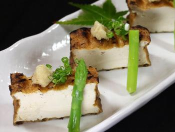 厚揚げの藁焼き<br>Straw Fired Fried Tofu