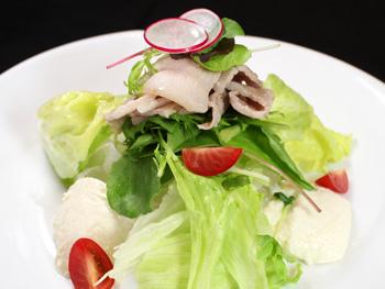 宮崎豚とお豆腐の香味サラダ<br>Tofu and Miyazaki Pork Salad