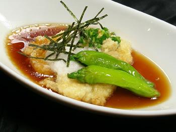 ふわとろ揚げ出し豆腐<br>Melt in your mouth Deep Fried Tofu, served in a soy based soup