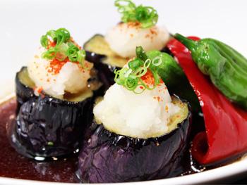 揚げ出し茄子の煮浸し<br>Deep Fried Eggplant Marinated in a soy based soup