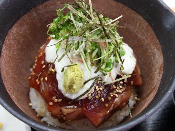 かつお漬け 山かけ丼<br>Marinated Bonito and Grated Japanese Yam on Rice