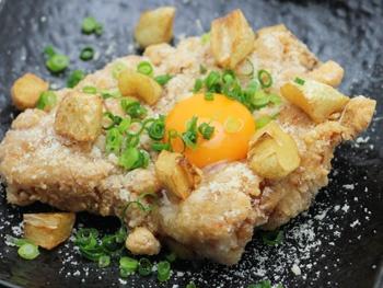 恵屋ガリチキ<br>Garlic Chicken  Grilled on a Hot Plate