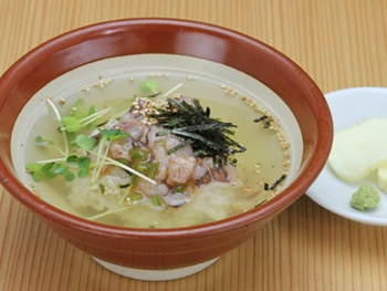 "お茶漬け(たこわさび)<br>""Rice and Octopus with Wasabi (Japanese Horseradish Paste)  and  Green Tea Poured Over It"""
