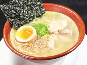 恵屋鶏ラーメン<br>Chicken Ramen (Megumiya Special)
