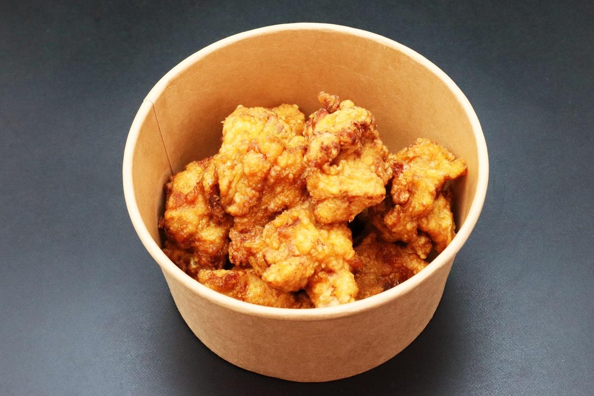 鶏料理専門店恵屋の若鶏唐揚げ持ち帰りBOX