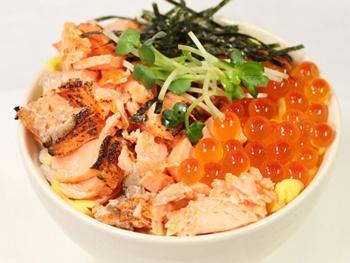 ミニ海鮮親子丼<br>Mini Seafoods on Rice