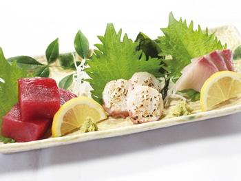 おまかせ刺身3点盛り<br>Sashimi – Assorted Sashimi 【3 types of fish】