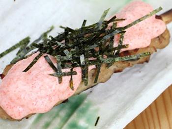 つくね明太<br>Grilled Minced Chicken Meatball Skewers with Spicy Cod Roe and Mayonnaise