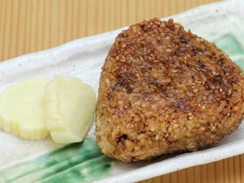 焼きおにぎり<br>Toasted Rice Ball with Soy Sauce