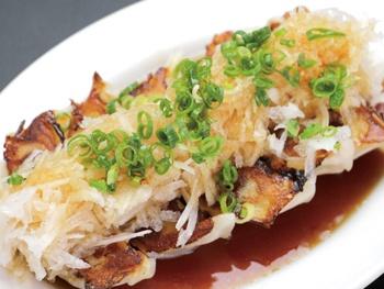 鬼おろしぶっかけ餃子(5ヶ)<br>Gyoza with Green onion a Chinese radish grated
