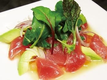 マグロとアボカドとトマトのサラダ<br>Tuna, Avocado and Tomato Salad