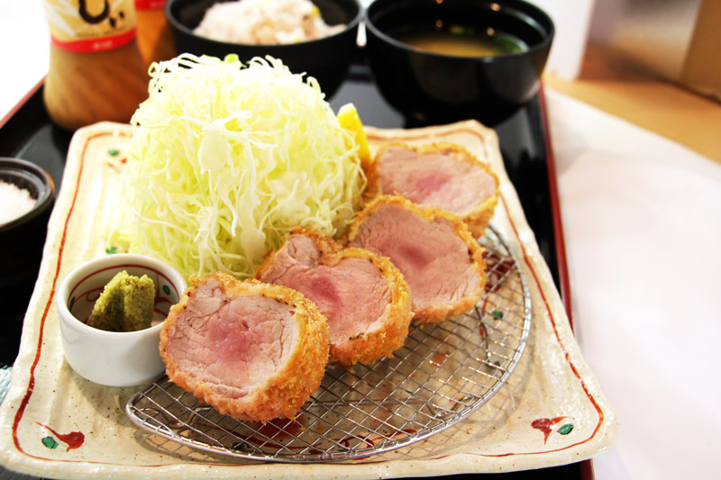 極太 棒ひれかつ膳<br>Extra Thick Log Pork Fillet Cutlet Set