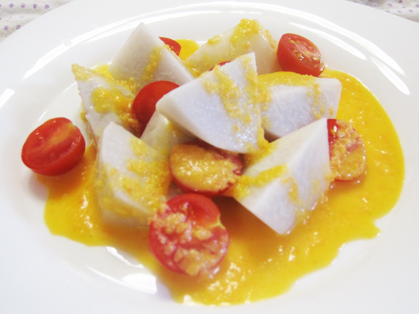 里いもとトマトのサラダ