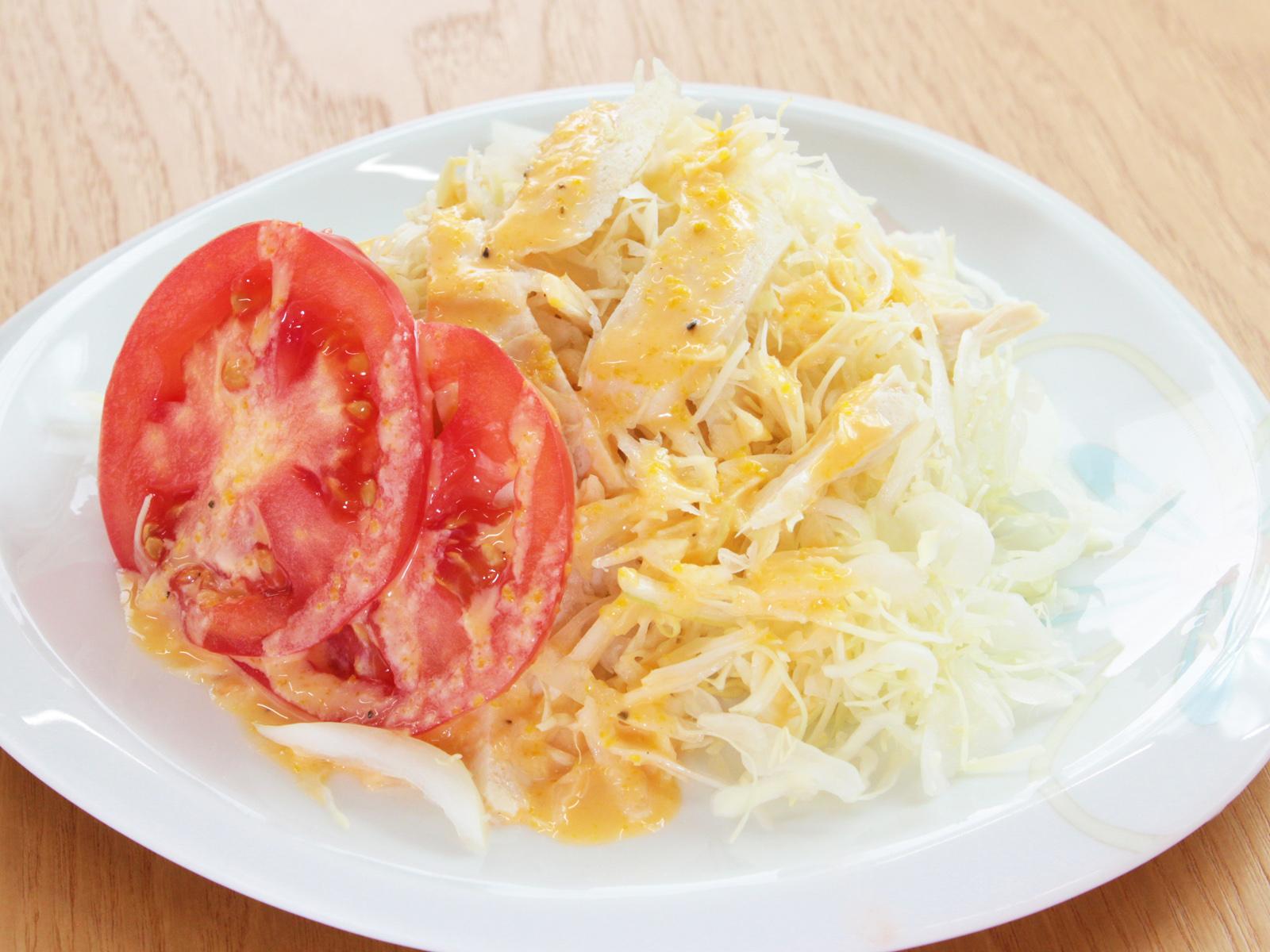 サラダチキンとキャベツの簡単サラダ