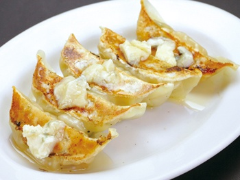 チーズ&ハニー餃子(5ヶ)<br>Gyoza with Gorgonzola cheese&Honey