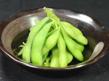 枝豆<br>Edamame (Boiled Green Soybeans)