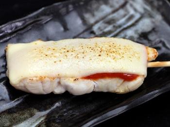 ささみ トマトチーズ(1本)<br>White Chicken with Tomato and Cheese