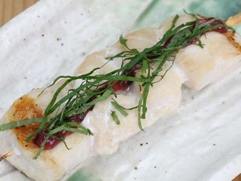 ささみ 梅しそ(1本)<br>White Chicken with Pickled Japanese Plum and Perilla-leaf Paste
