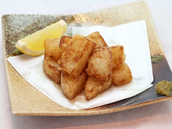 大根唐揚げ<br>Deep-fried Japanese Radish
