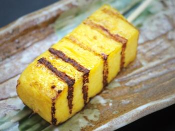 玉子焼き串(マヨ付き 1本)<br>Grilled Rolled Omelet Skewers